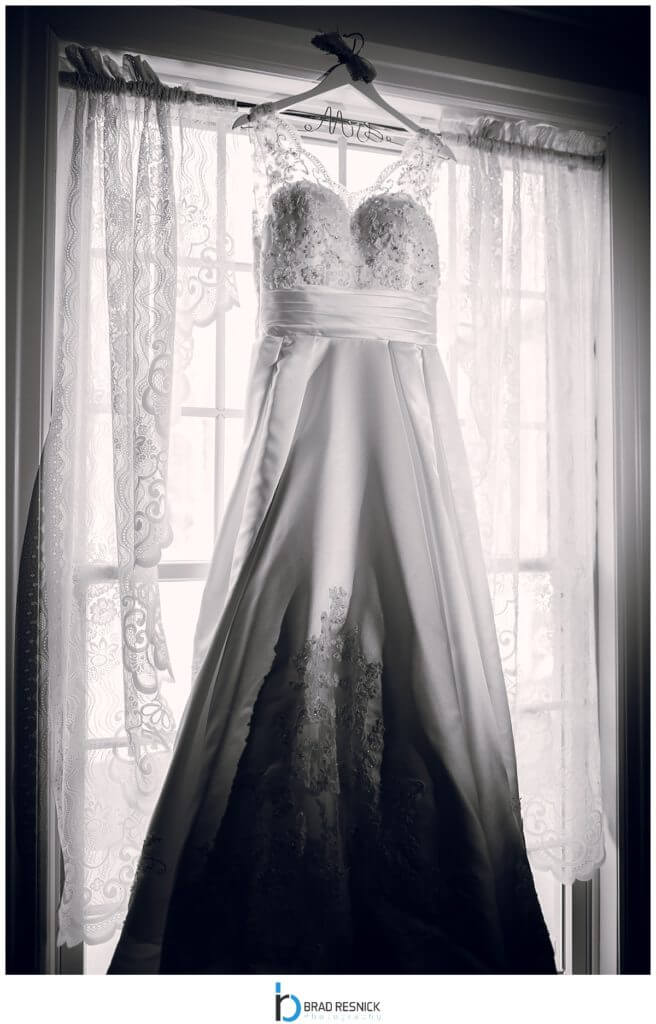 NJ Oakland Dress Wedding Photo